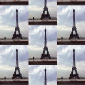 Reiffel_tower_before_rain_shop_thumb