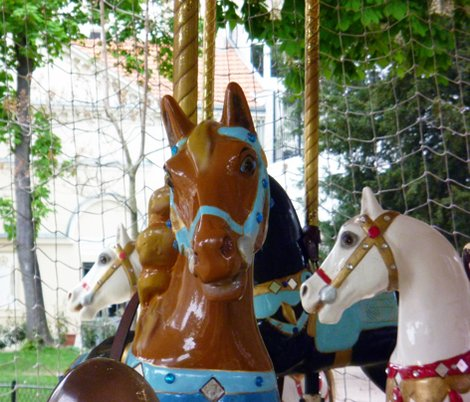 Rbrown_horse_on_carousel_shop_preview