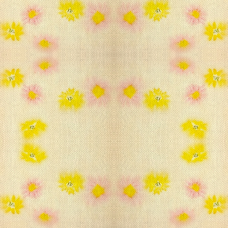 "Daisy Chain ""Faux Quilt"" - Burlap/Vintage fabric by vanillabeandesigns on Spoonflower - custom fabric"