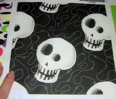 Skull w/Flies and Dot Trails