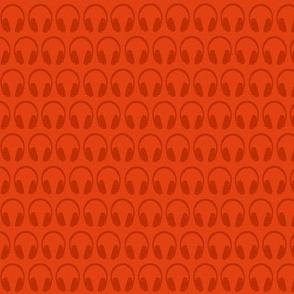 Tres chic, tres geek (headphones - orange)
