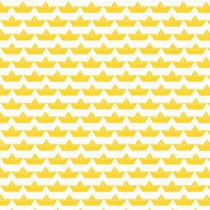 paper_boat_jaune_bord_blanc_M