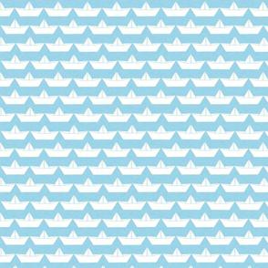 paper_boat_blanc_bord_ciel_M