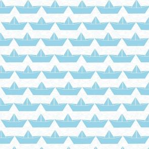 paper_boat_ciel_bord_blanc_L