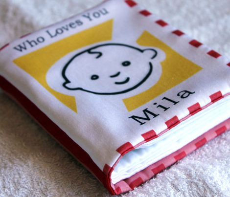 Who-loves-you-mila-cloth-book_comment_522297_preview