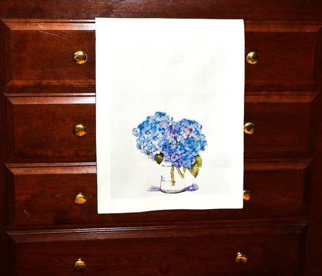 Rcape_cod_hydrangeas_dishtowels_comment_321208_preview