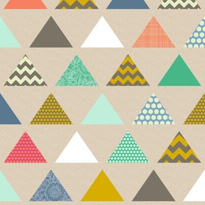 tiny geo triangles