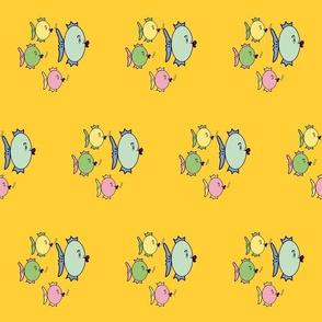Family_Fish_yellow