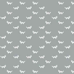 Tangram fox random - white on grey