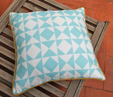 geometric aquamarine