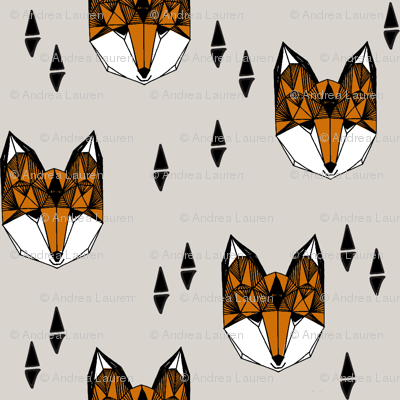 Geometric Fox Head - Light Grey/Rust