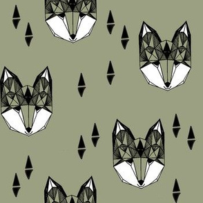 Geometric Fox - Artichoke