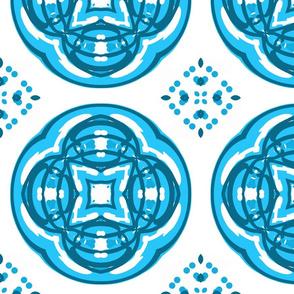 Daisy Chain - Circular Crest
