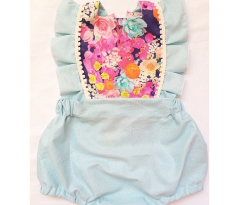 Summer Bright Floral // Cluster on Navy