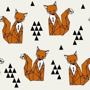 Geometric Sitting Fox - Champagne/Rust