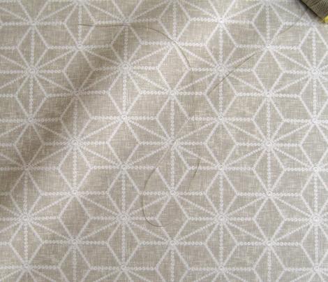 Hemp leaf pattern pearls on greige by Su_G