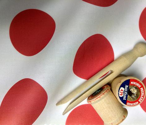 Polka Dot - Red on White XL