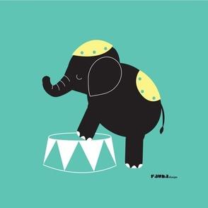 Luna the elephant