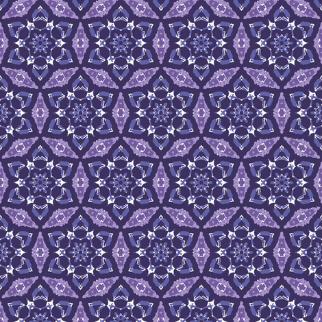 Interlocking flowers and finials in shades of purple