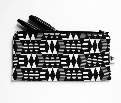 Rrrrblack_whitegeometrics_comment_380494_preview