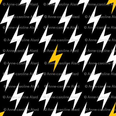Bolts of lightning (synergy 0007)