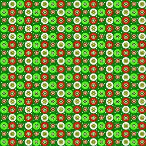 Christmas_beads2_with_dark_green_background