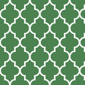 Quatrefoil in Summer Lawn