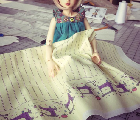 Sewing machine print - doll sized