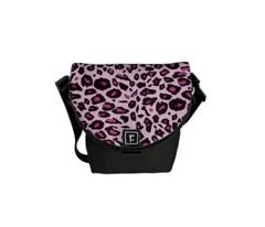 Pink Leopard print pattern