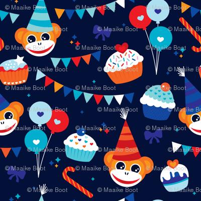 Happy birthday monkey and cupcakes