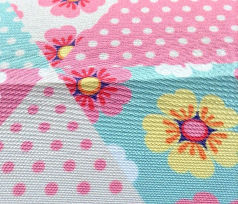 Cute spring flowers cheater quilt