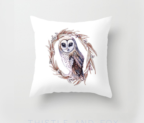 Sooty Owl Wreath Pillow Layout