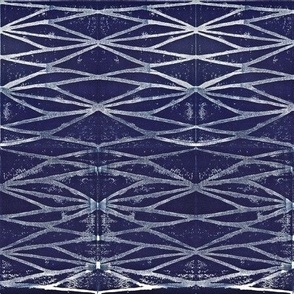Geometric Web Block Print in Navy