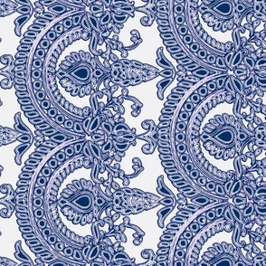 Delft blue antique lace