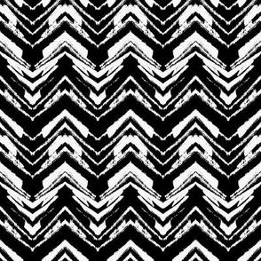 Zig zag in black and white