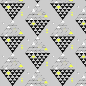 triangle_diamond_black_and_yellow