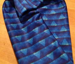 blue cylinder-s2