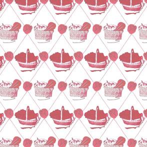 Woolen Knitin' n Kittens diamonds - cherry