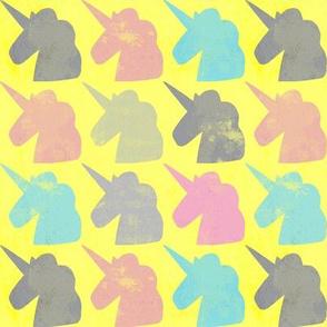 Salvar a Los Unicornios 700
