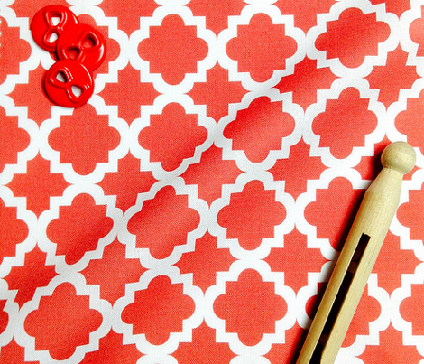 Lattice red on white - Small