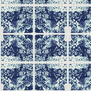 Vintage Blue Mint Violets Tile-