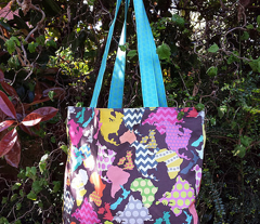 GEOMETRIC WORLD EARTH DAY TOTE BAG