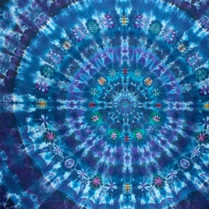blue_bulls_eye_tie_dye_pattern
