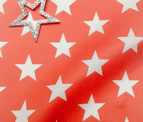 Superstars White on Red-Medium