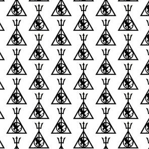 Hunger Games. Harry Potter. Deathly Hallows Black and White