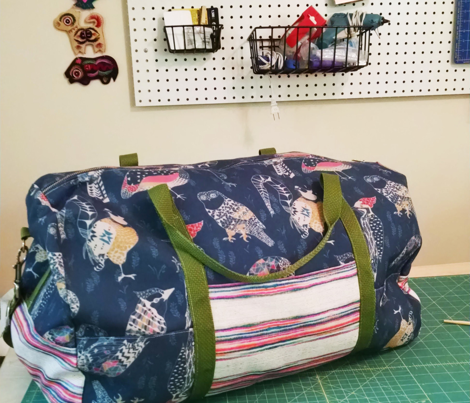 Geo Birds (in Folksy Navy)