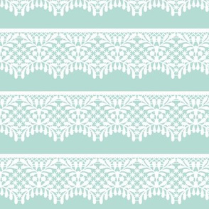Lace (on mint)