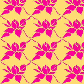 Sweetheart Rose Arbor in Phloxy Pink on Daffodil Yello
