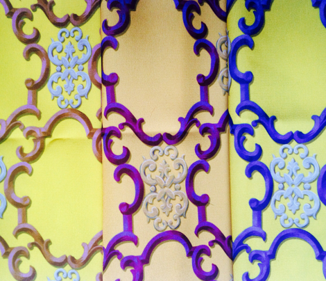 cartouches in gold and mazarine blue