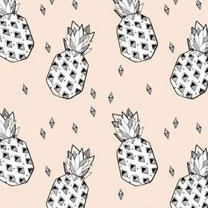 pineapple nude - elvelyckan